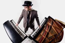 Matti Klein on Fender Rhodes and Grand Piano
