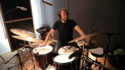 Meet the band Tobias Backhaus (c)Zara Zandieh