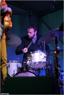 Tobias_Backhaus_drums_Edward_Maclean_Me_And_You_live_at_Schloss_Agathenburg